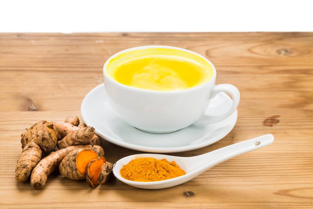 cha curcuma - Chás: quais os melhores para combater a constipação?