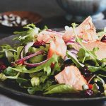 salada salmao rucula 1 150x150 - Saladas frescas e saudáveis para o verão