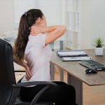 dores nas costas no trabalho como aliviar 150x150 - Dores nas costas no trabalho: como aliviar?